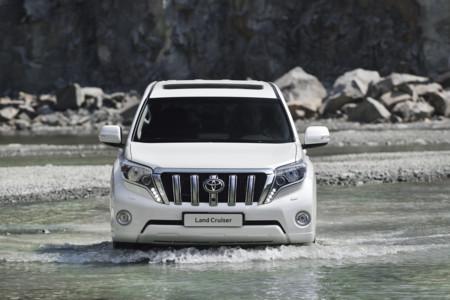 El Toyota Land Cruiser recibe novedades que no se aprecian desde fuera