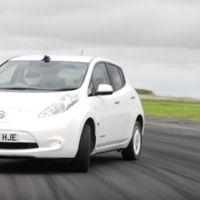 Y esto es un Nissan Leaf haciendo drifting