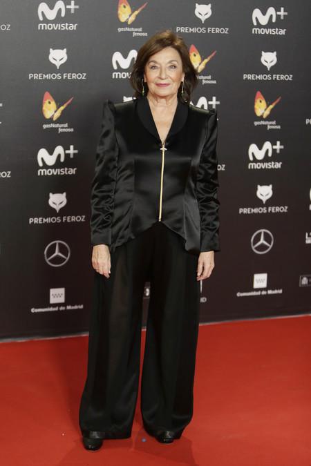 premios feroz alfombra roja look estilismo outfit Petra Martinez