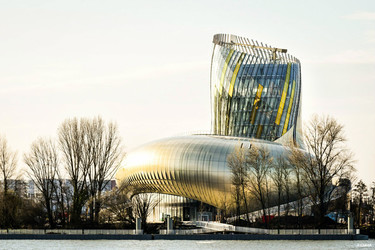 La Ciudad del Vino de Burdeos, próximo destino imprescindible para sumergirse en la cultura vinícola