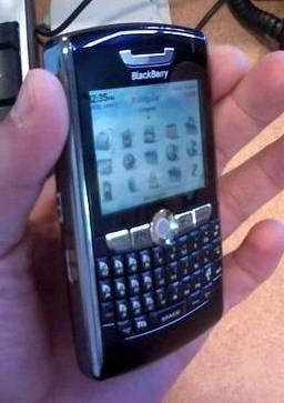 Blackberry 8800 en España sin WiFi ni cámara de fotos