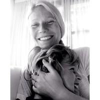 Gwyneth Paltrow no es de las que se deshace del anillo de bodas tan fácilmente