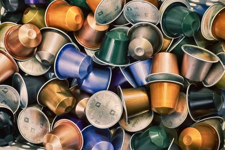 Las cápsulas de café compostables: la última solución a una práctica contaminante y poco sostenible