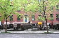 Intercambiando libros en las calles de Nueva York con The Free Little Library