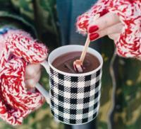 El desayuno perfecto para la mañana de Navidad, un chocolate caliente con especias