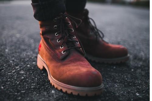 9 ofertas en tallas sueltas de zapatos y botas en Amazon: marcas como Clarks, Tommy Hilfiger o Caterpillar al mejor precio