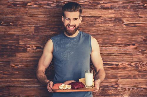 Las claves nutricionales y los grupos de alimentos imprescindibles si buscas ganar masa muscular