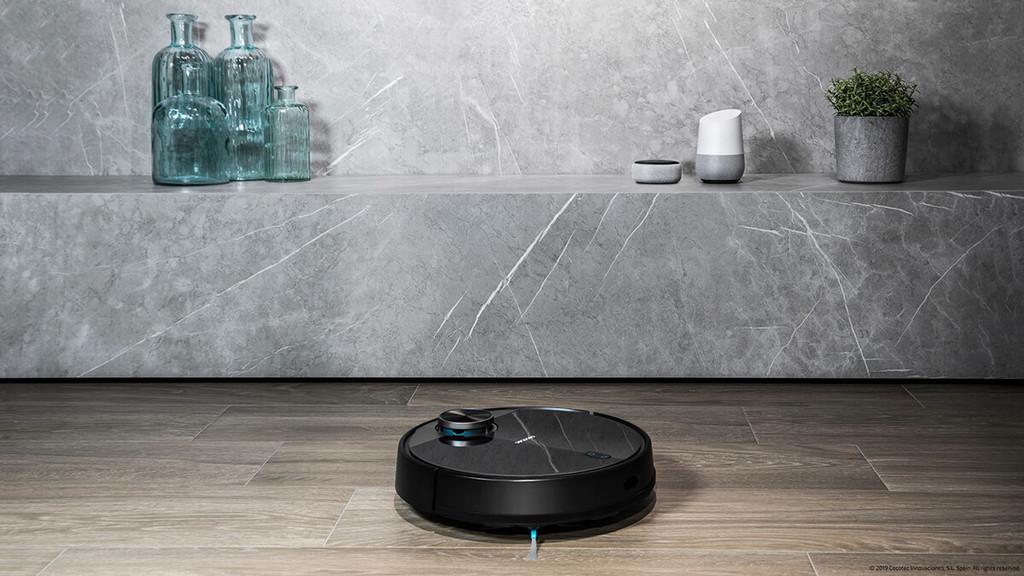 La nueva Conga 3490 Elite de Cecotec aspira, barre, pasa la mopa y frega a la vez, además podremos pedirle que limpie la casa con la voz