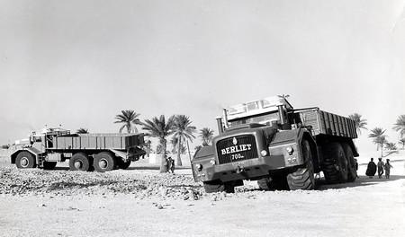 V12 de 30 litros y 700 CV, 15 metros de largo por 5 de ancho. Así era el Berliet T100 ideado para cruzar el Sahara