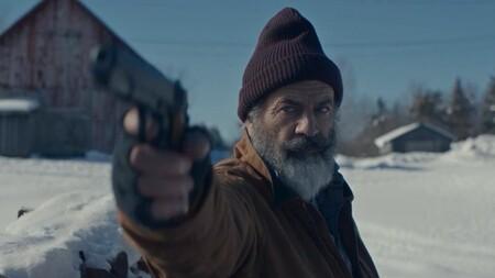 Tráiler de 'Fatman': Mel Gibson es un Santa Claus miserable que Walton Goggins quiere matar en su nueva comedia de acción