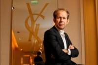 Apple contrata a Paul Deneve, antiguo CEO de Yves Saint Laurent