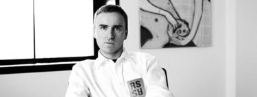 Raf Simons, nuevo co-director creativo de Prada, nos deja sus mejores frases sobre moda, feminidad, evolución y romanticismo