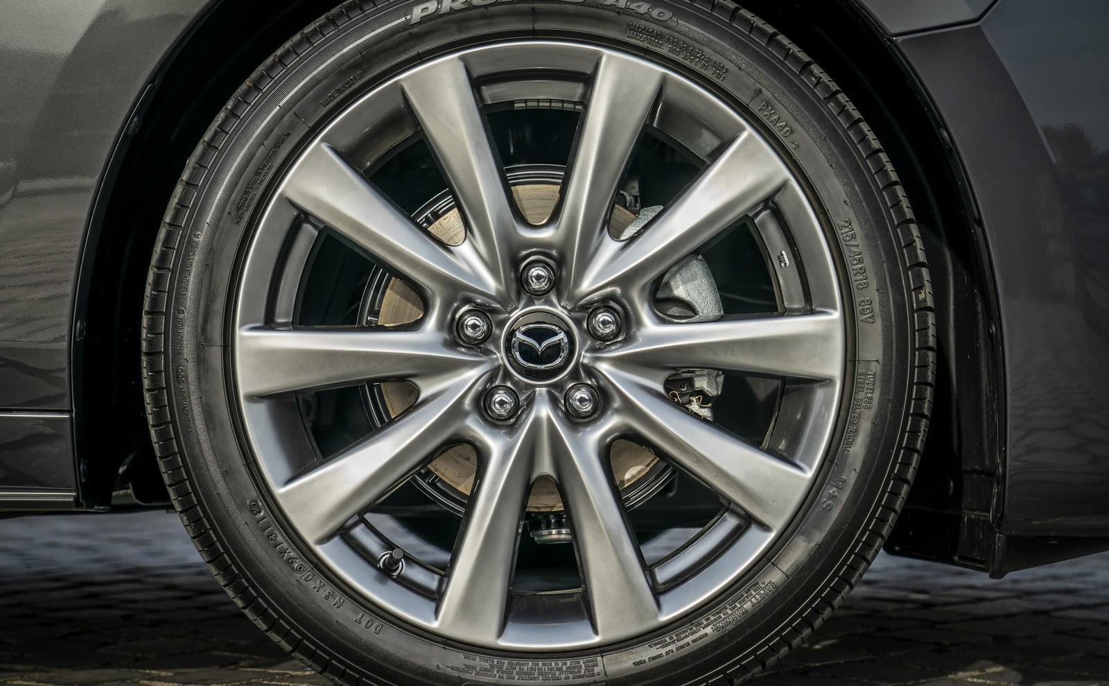 Foto de Mazda3 2019 Sedán (28/40)