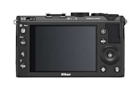 Nikon CoolPix A vista trasera