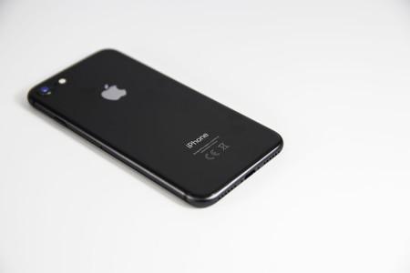 Apple actualiza la app de la Apple Store para incluir el modo oscuro