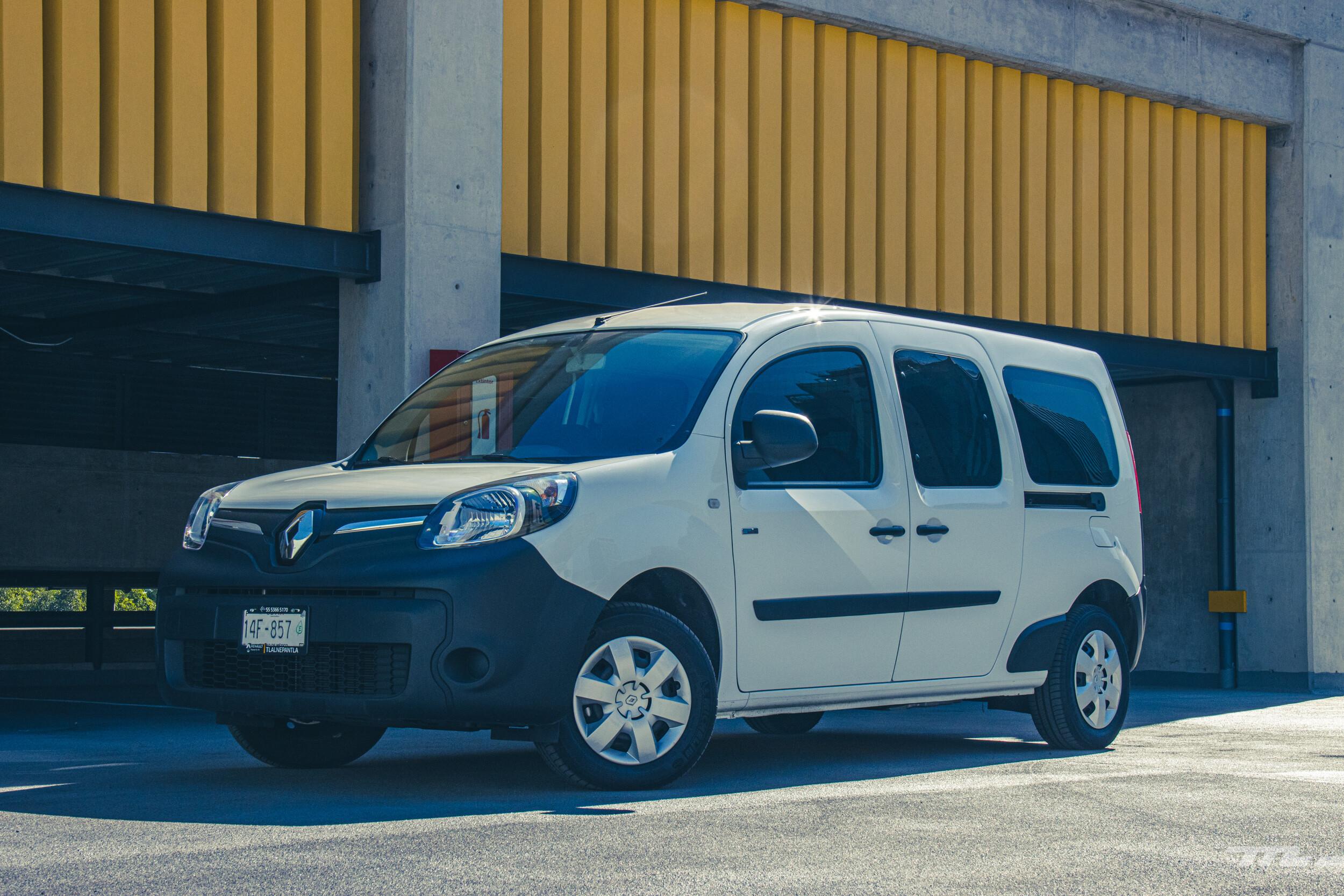 Foto de Renault Kango Z.E. Maxi 5 pasajeros (1/29)