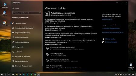 Usuarios avisan de un fallo con Windows 10 2004: se descarga y al final aparece un mensaje advirtiendo que no es compatible