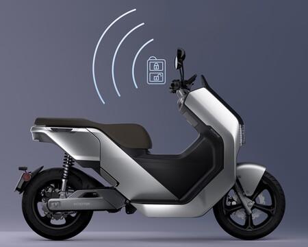 Este scooter eléctrico para el carnet de coche tiene 200 km de autonomía y se queda en 4.500 euros con el plan MOVES
