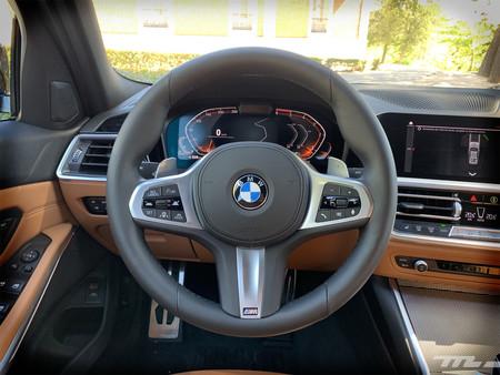 BMW Serie 3 2019 volante