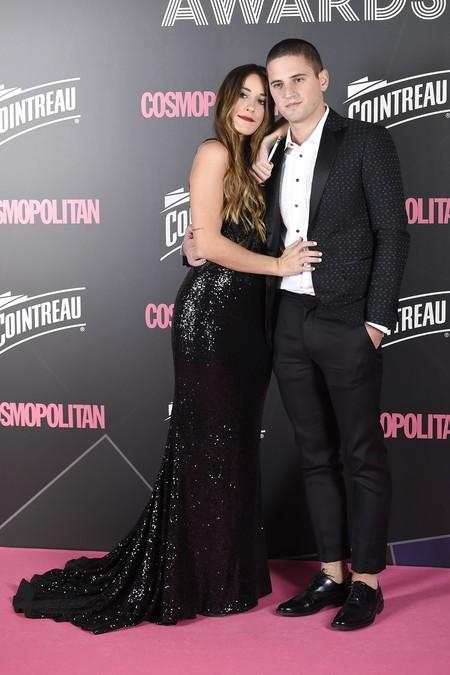 premios cosmopolitan 2017 alfombra roja look estilismo outfit