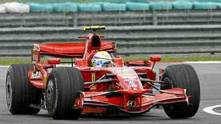 Felipe Massa confirma el dominio Ferrari con la pole en Sepang