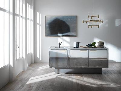 Revestimiento de espejo en los muebles de cocina, nueva tendencia al alza