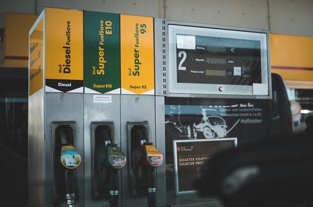 El Gobierno subirá el impuesto al diésel en 2019