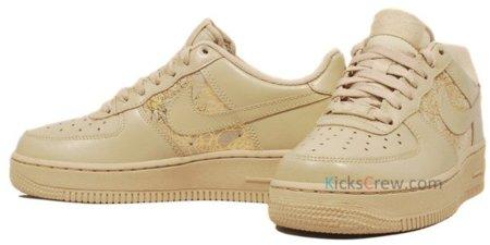 Nike WMNS Air Force 1, zapatillas femeninas con un toque de dorado