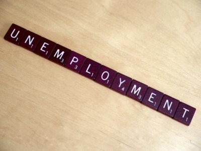 La legislatura acaba con menos paro, pero también con menos empleo