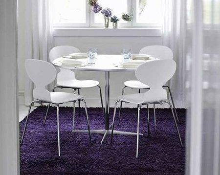 Una buena idea: muebles blancos sobre suelo de color