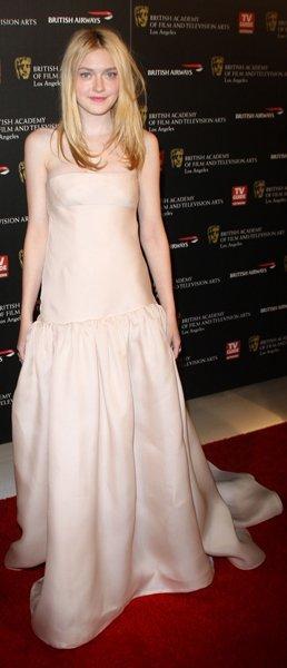 Dakota Fanning vestido
