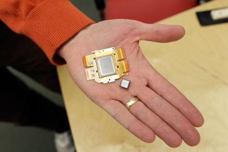 Sensores de puntos cuánticos multiplicarán por cuatro la calidad de las fotos con los móviles