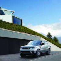 JLR quiere que vayas de concierto sin salir del coche: 380 W de sonido en el Range Rover Sport S Limited Edition