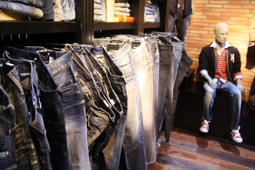 Foto de Bread & Butter Invierno 2010: Desigual, Pepe Jeans, BOSS Orange, moda denim (16/29)