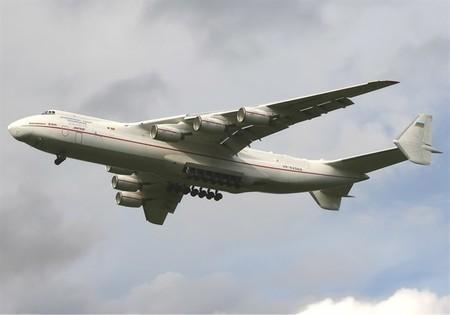 El avión más grande del mundo aspira a enviar satélites al espacio
