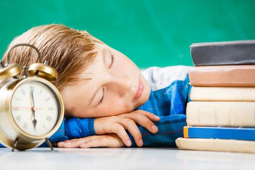 Vuelta al cole: plan para reacomodar los horarios de sueño de los peques en diez días