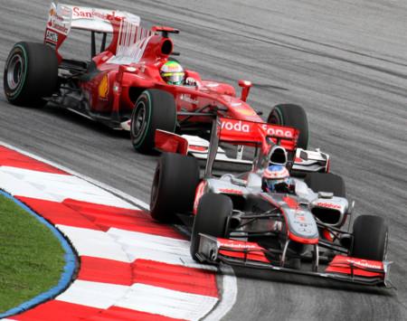 ¿Cuánto más corren los F1 que los GT? Este viejo vídeo te da una pista, pero debes estar atento