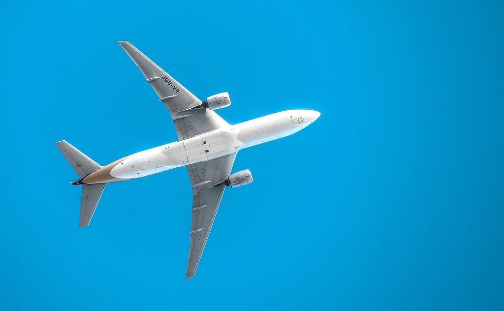 Jets privados y barcos de carga: así ha adaptado Apple sus operaciones logísticas para minimizar los tiempos de envío durante 2020