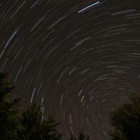 Habrá lluvia de meteoros esta noche y te decimos cómo observarlas