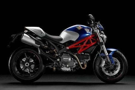 Ducati Monster 796: llega la mediana de la familia