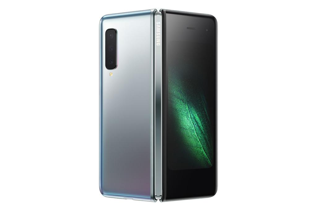 Samsung revitaliza el sector movil con su movil plegable Galaxy℗ Fold: una novedad disruptiva con un recorrido incierto