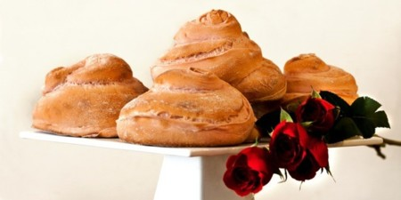 En el día de Sant Jordi díselo con pan... con el Pan de la Rosa de L'Obrador