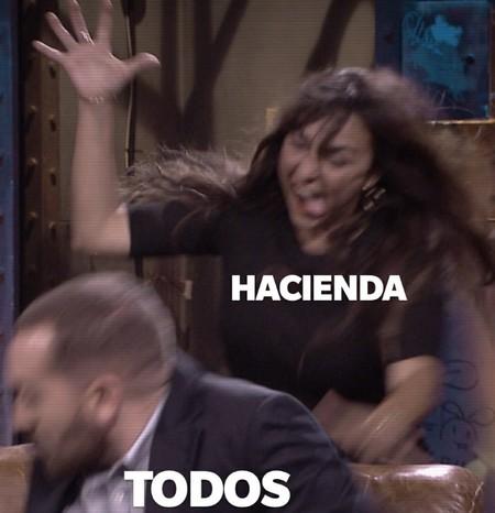 'La Resistencia' convierte a Candela Peña en musa de los memes