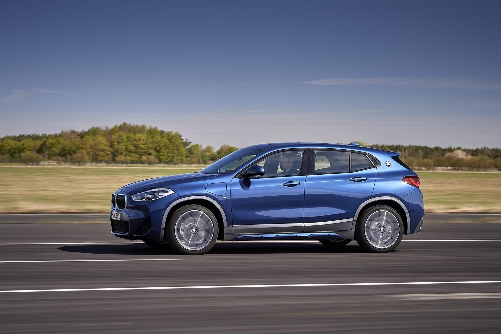 Foto de BMW X2 xDrive25e 2021 (29/53)