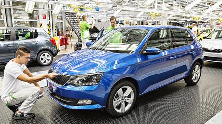 Conflicto interno en la familia Volkswagen: Škoda lo está haciendo demasiado bien, y eso no está gustando