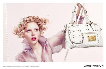 Scarlett Johansson y Louis Vuitton, la vie en rose