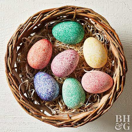 Huevos De Pascua Tenidos Con Arroz