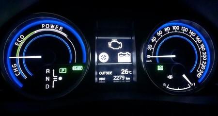 Toyota Auris Touring Sport Hibrido, panel instrumentación