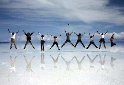 Uyuni: un desierto de sal que sirve como espejo para los satélites espaciales