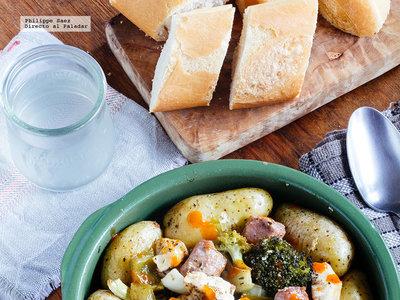 Pollo y butifarra picantes al horno. Receta sencilla para el otoño